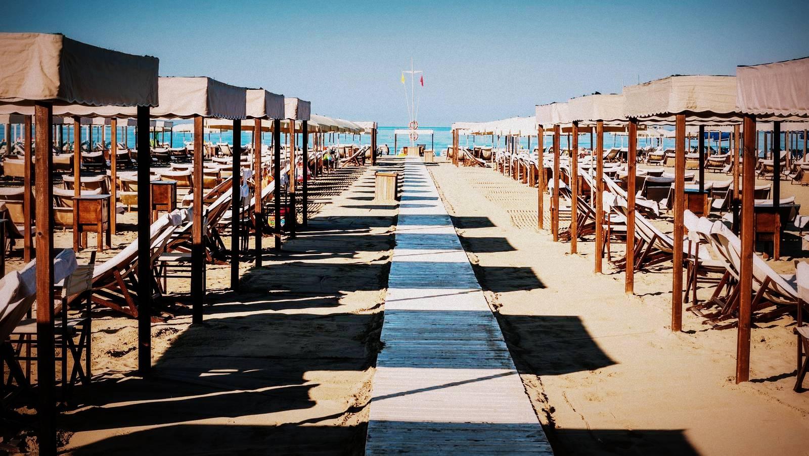 Bagno Stella Bianca - la spiaggia